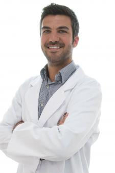 Dr. Guillermo Julià